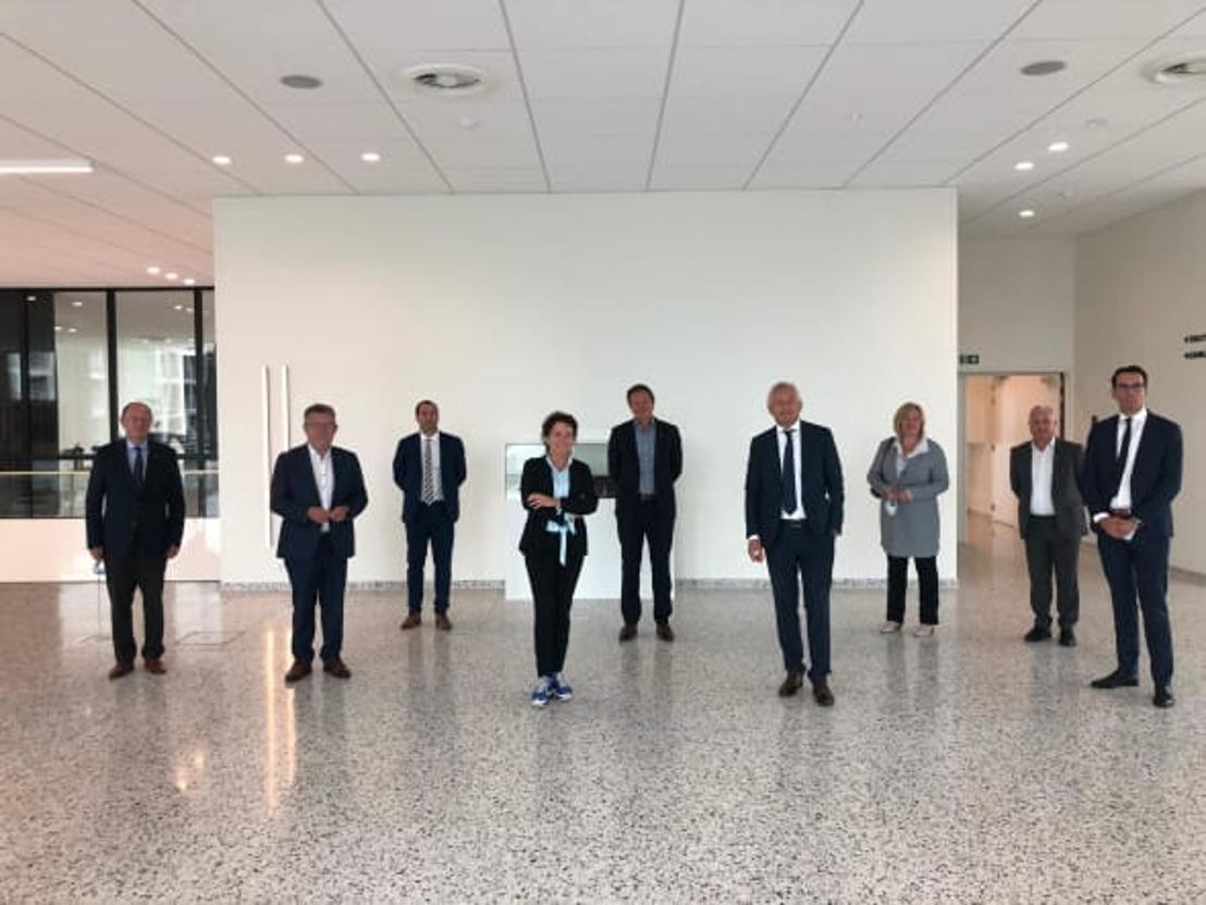 Vlaams minister van Mobiliteit en Openbare Werken Lydia Peeters bezoekt Haven van Zeebrugge