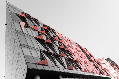 دبيّ تستقبل معرض النوافذ والأبواب والواجهات في ثوبه الجديد بحجم مشروعات خليجية بلغ 2.7 تريليون دولار