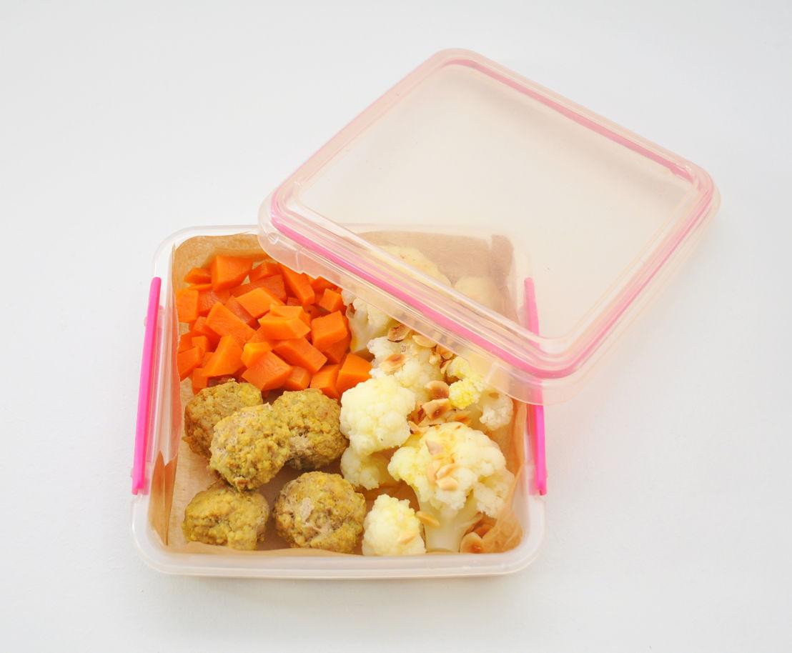 Gehaktballetjes met zoete specerijen Bloemkool en hazelnoten <br/>Zoete aardappelen