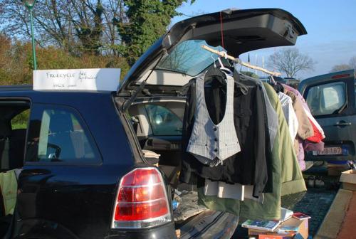 Kofferbakverkoop als coronaproof alternatief voor vele tweedehandsbeurzen die normaal plaatsvinden