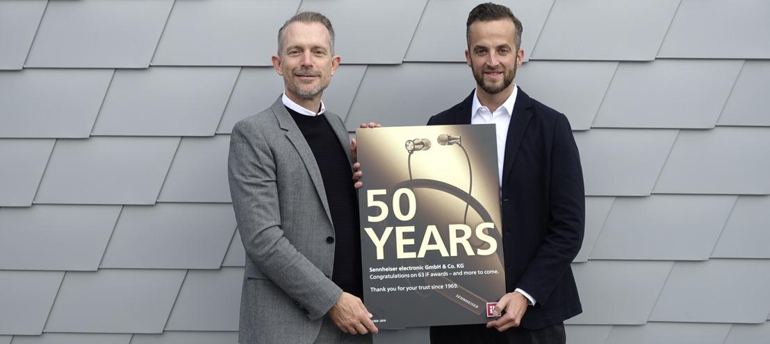 50 Jahre Design Exzellenz: Sennheiser vom iF mit Urkunde geehrt