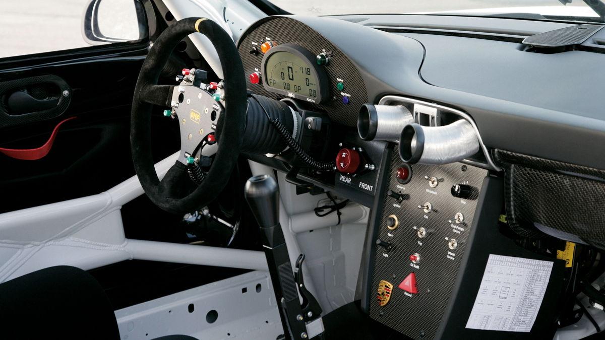 El volante del 911 GT3 RSR en 2008.