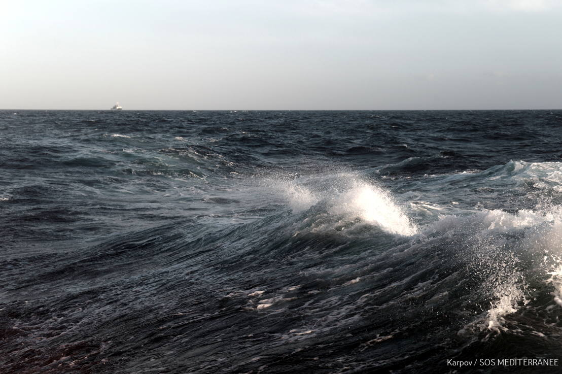 Weather conditions on Mediterranean worsened overnight and MSF team on Aquarius are treating many cases of seasickness. Photographer: Kenny Karpov