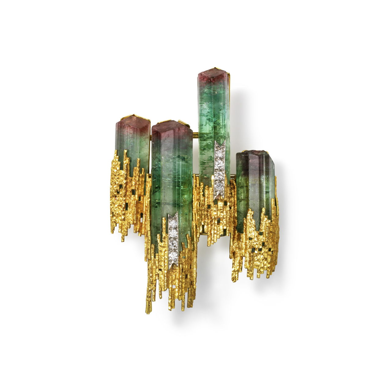 Andrew Grima (1921-2007), Italy, worked in England, Brooch, 1969, gold, watermelon tourmaline, diamonds, Courtesy of the Cincinnati Art Museum, Collection of Kimberly Klosterman, Photography by Tony Walsh
