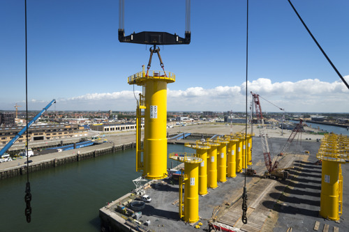 Last Nobelwind foundation pieces arrived at the port of Ostend