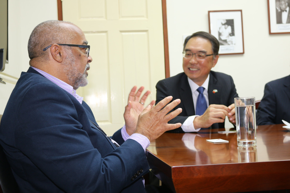 Newly accredited Ambassador of the Republic of China (Taiwan) to Saint Lucia meets with OECS Director General