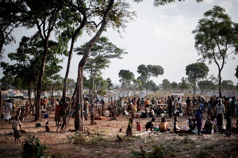 System identifier: MSF154973<br/>Title: Tanzania - Burundian refugees in Nyarugusu camp<br/>Photographer / cameraman: Luca Sola<br/>Countries: Tanzania<br/>Description: View of Nyarugusu refugee camp.