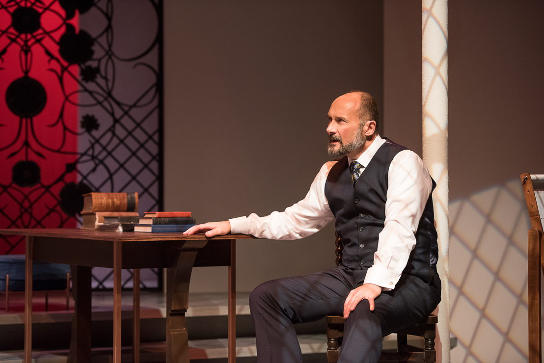 Oliver Becker in The Last Wife by Kate Hennig / Photos by Emily Cooper