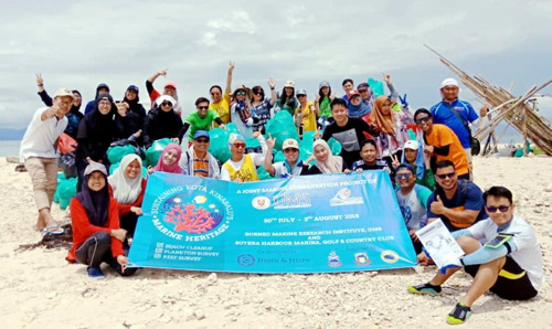 130 volunteers join hands to clean up KK beach