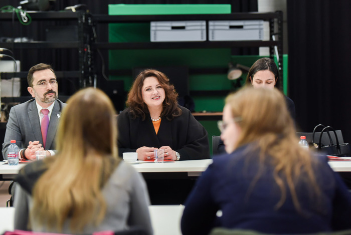Eurocommissaris Helena Dalli bezoekt Erasmushogeschool in kader van Europese strategie voor gendergelijkheid