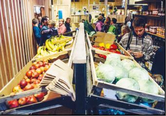 Corona-steun voor gezinnen in armoede via sociale kruideniers