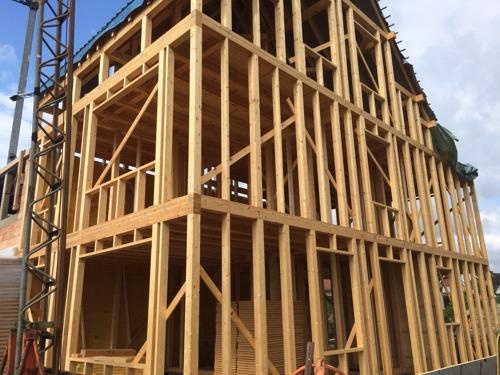 Construire sa maison soi-même et à moindre coût, c'est possible grâce aux solutions Do-it-yourself !