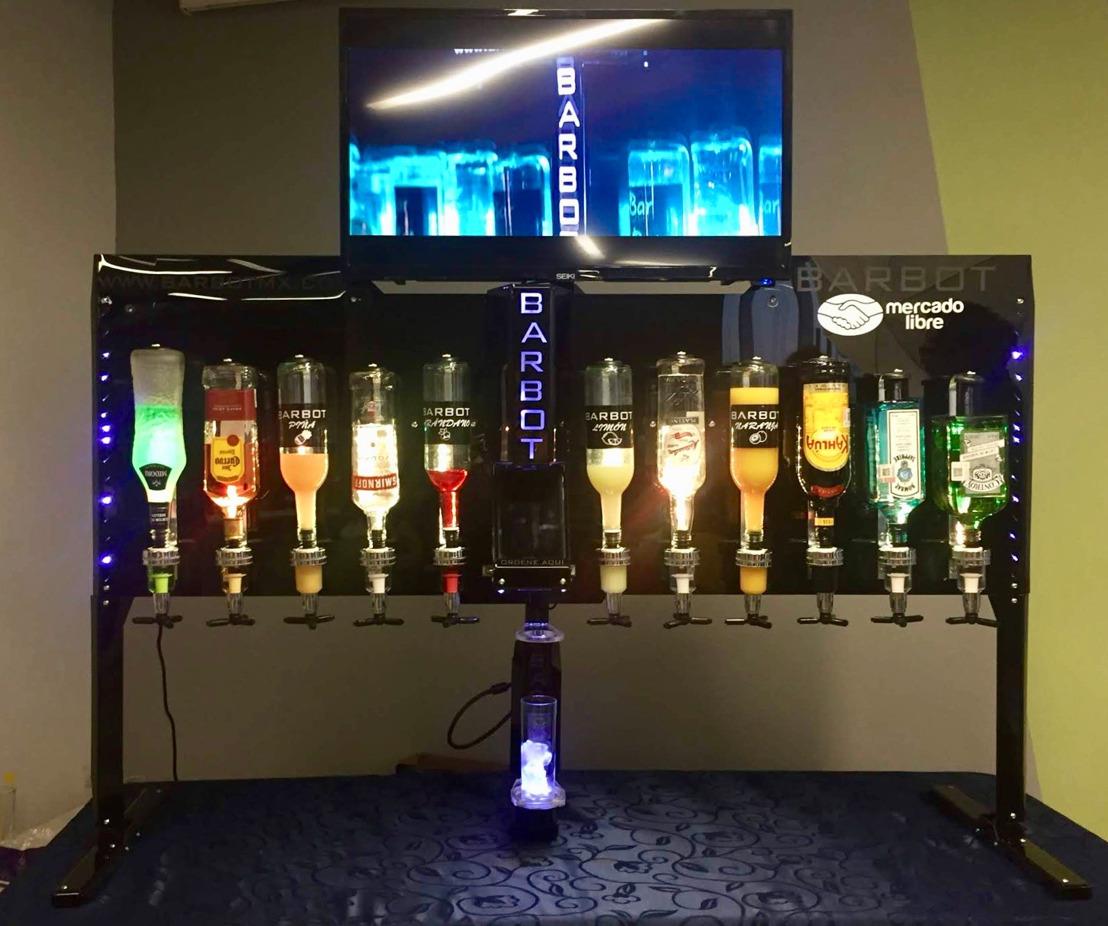 Barbot, el bar robótico mexicano que ni Marty McFly tiene.