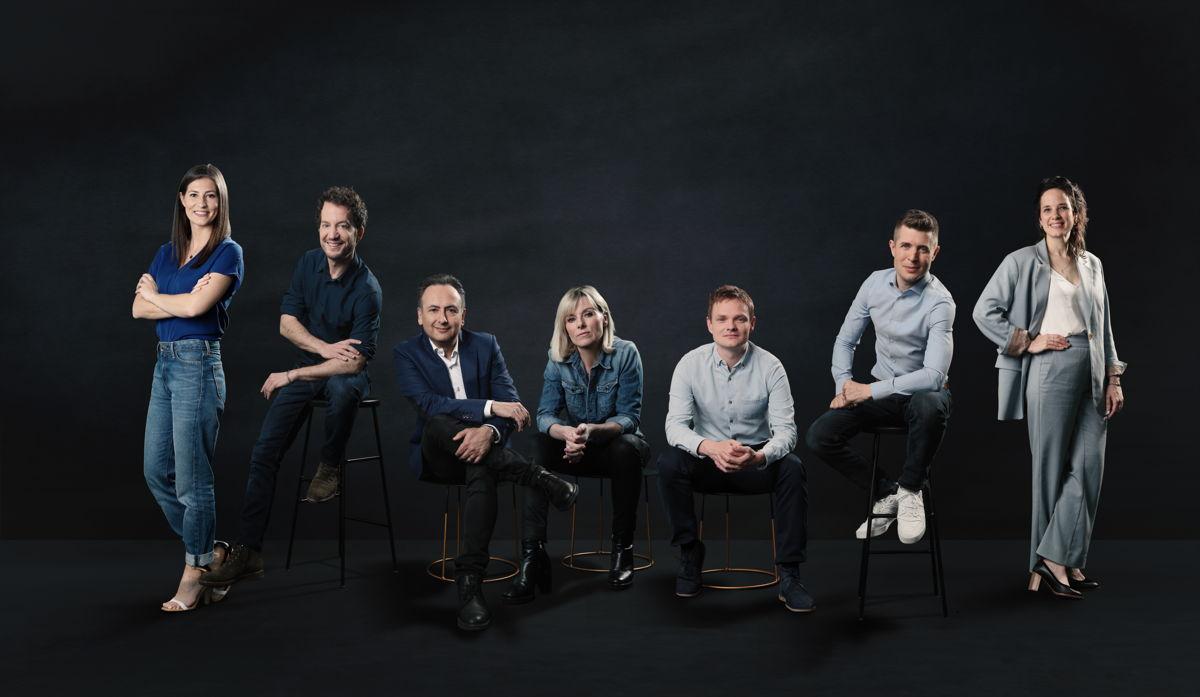 De zeven ambassadeurs van News City Academy: Lies Vandenberghe, Jelle Brans, Faroek Özgünes, Cathérine Moerkerke, Arno Van Hauwermeiren, Kenneth Dée en Isolde Van Den Eynde