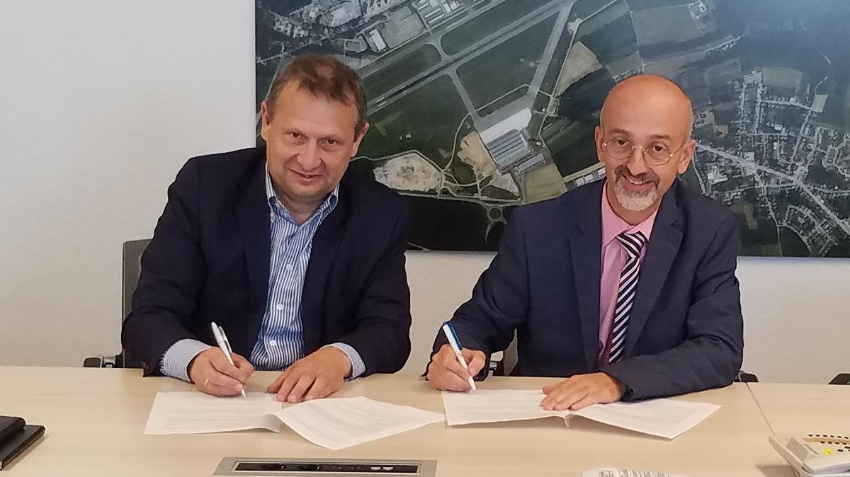 Belgocontrol CEO Johan Decuyper and ANA Lux Director Claudio Clori