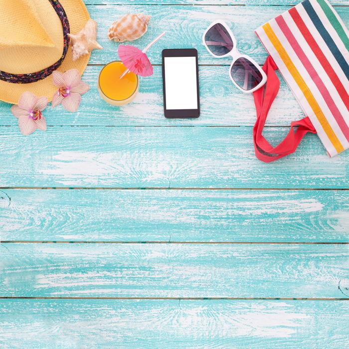 Preview: Les belges en vacances sont de plus en plus nombreux à régler leurs questions d'argent sur leur smartphone, y compris à l'étranger