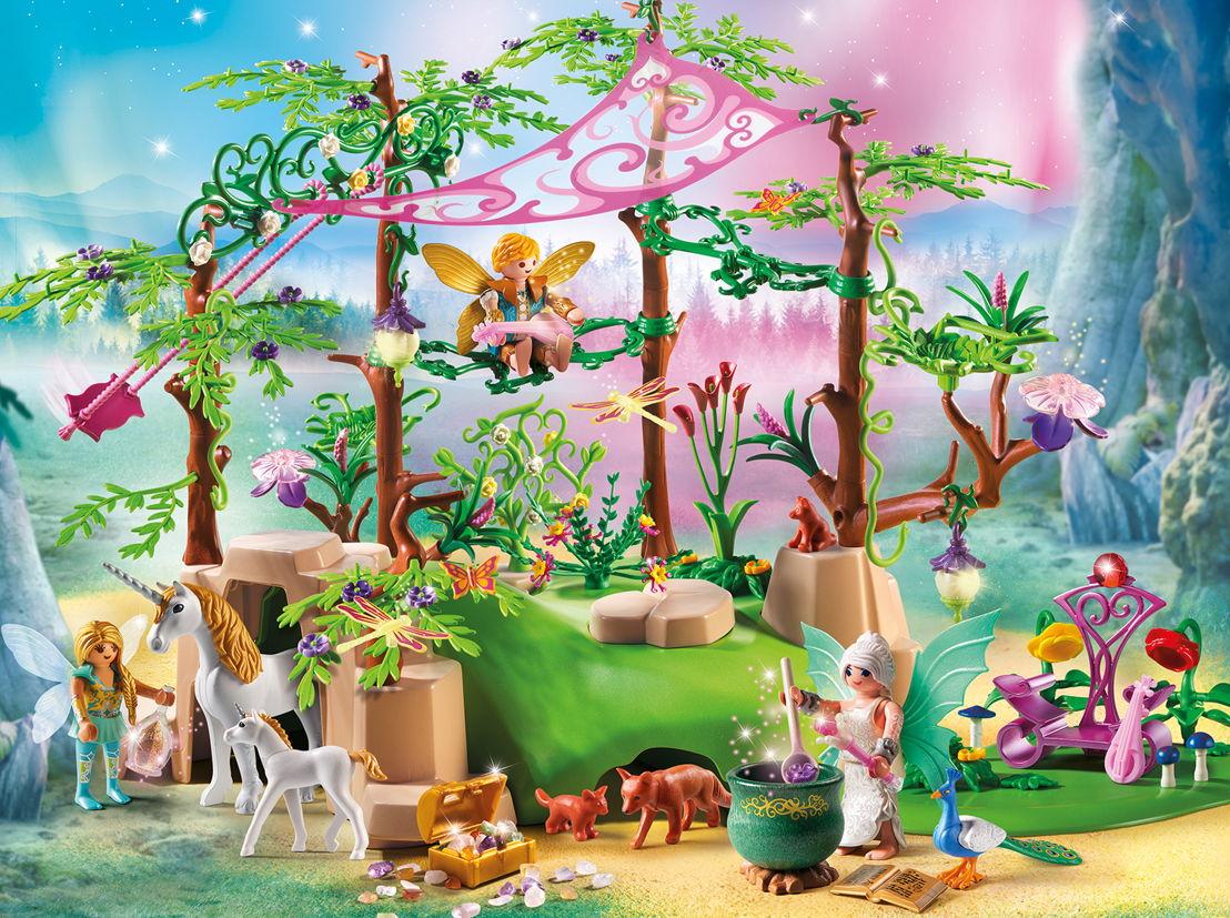 Forêt enchantée<br/>Dès le 10 février en magasin. Voyage à dos de dragon autorisé à partir de 4 ans.