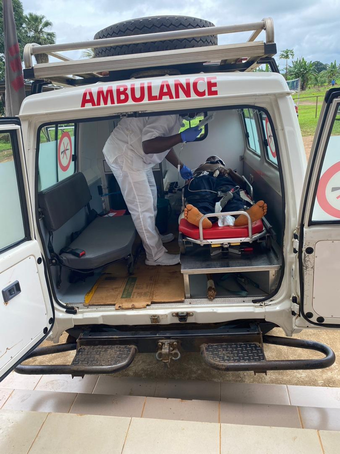 Doctors Without Borders Responds to school shooting in Kumba, South-West Cameroon