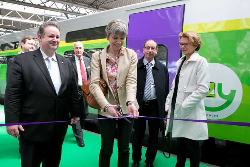 Inauguration of the very first IZY train by Agnès Ogier, CEO of Thalys, in the presence of Philip Cordery, Representative of French citizens outside of France, Michel Jadot, Head of SNCB Europe and Axelle Pollet, spokesman for Mrs. Jacqueline Galant, Federal Minister for Mobility.
