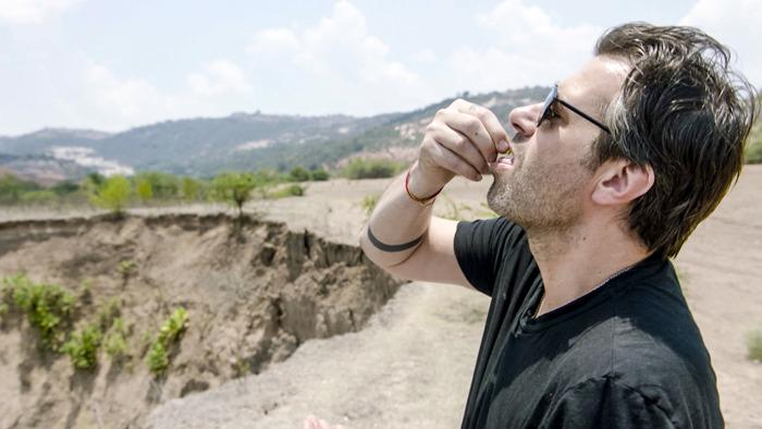 Een shotje bij het ontbijt en een mier met goud aan haar poep: Sergio & Axel proeven van Mexico