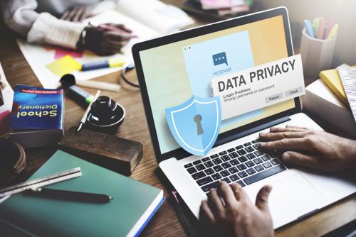 Privacy van leerlingen bedreigd in versneld gedigitaliseerd onderwijs