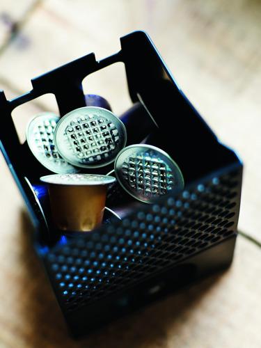 Belgische consumenten wensen hun Nespresso capsules te kunnen recycleren in de blauwe PMD zak(*)