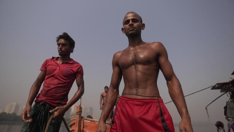 sand divers. Mumbai
