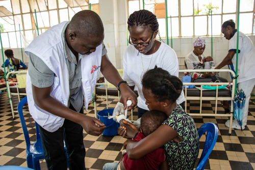 DR Congo: MSF tackling the measles outbreak in Kongo Central