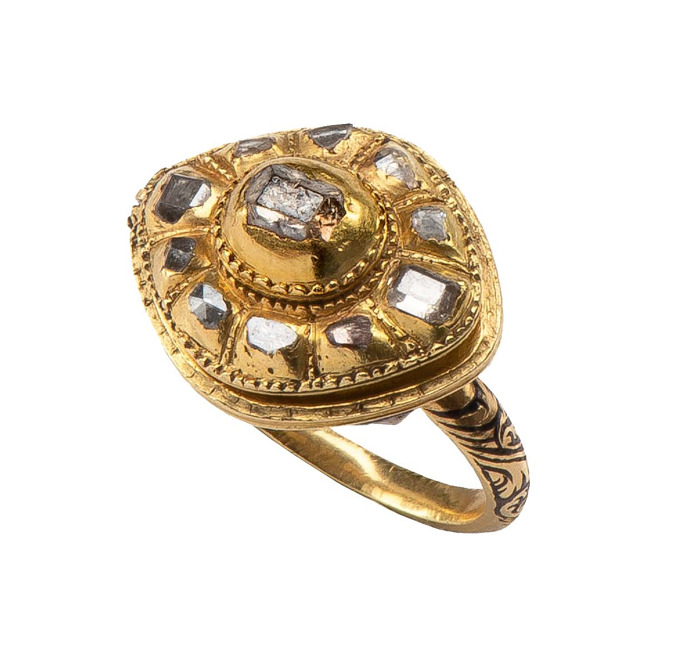 King Baudouin Foundation purchases rare 17th century ring at The European Fine Art Fair for the museum presentation in DIVA