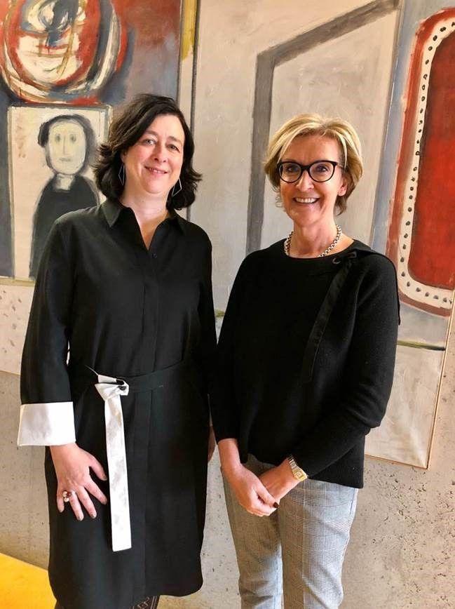 Veronique Janssens en Ann Schevenels maken de belangrijkste resultaten van het jaarverslag van VERA bekend
