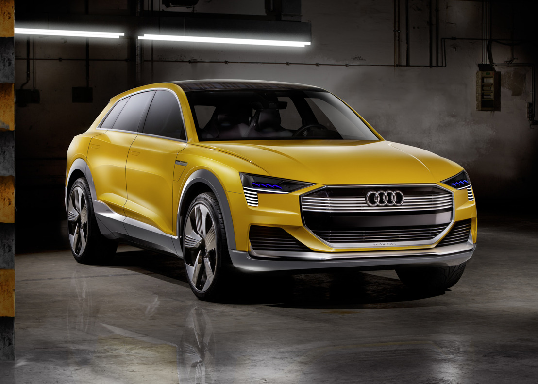 Sporty, efficient and thoroughly connected – Audi at the NAIAS 2016