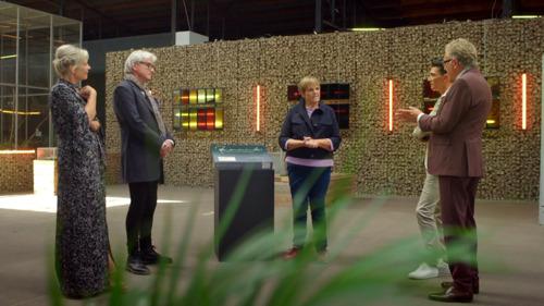 Margriet Hermans verkoopt speciale bouwdoos van Panamarenko