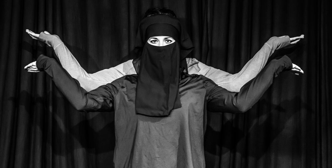 Niqabi Ninja with Bianca Flanders and Loren Loubser - credit Nicky Newman
