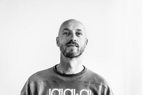 Raf De Smet, directeur créatif chez darwin BBDO