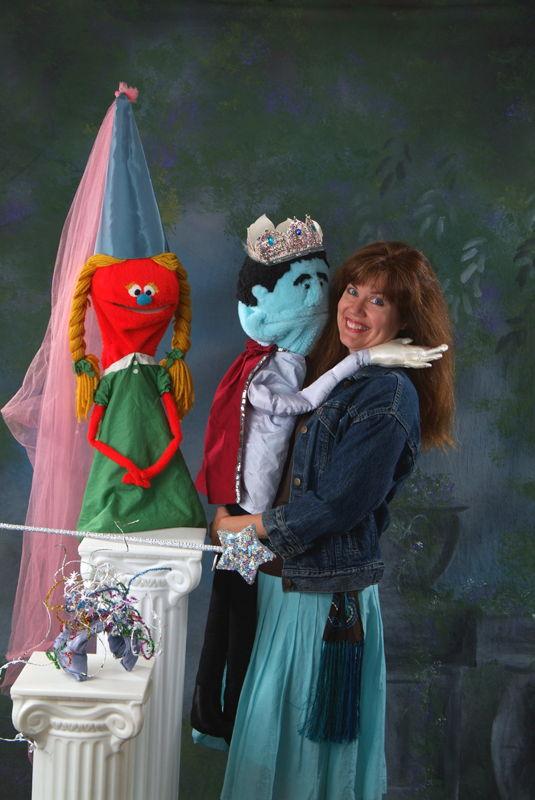 Wendy Bennett's Cinderella (photo credit by Aurora Theatre)