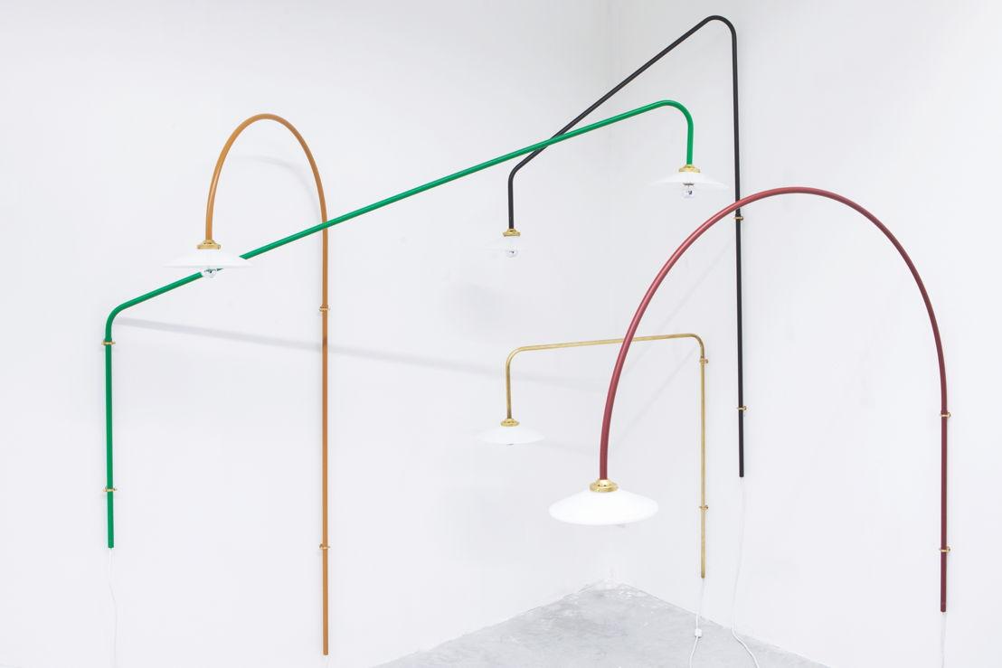 hanging lamps <br/>© Athos Burez