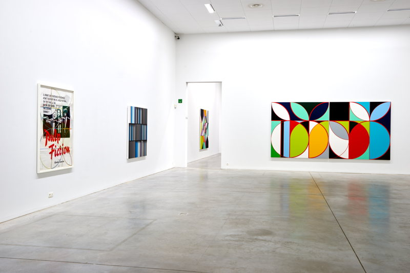 De gauche à droite: Sarah Morris. Pulp Fiction (2013), Banco Alliança [Rio] (2013), Eletrobas [Rio] (2013)<br/>(c) Dirk Pauwels