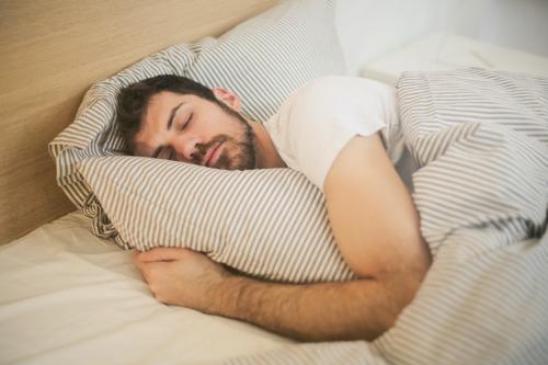 Coronalockdown doet tot drie keer meer mensen slecht slapen