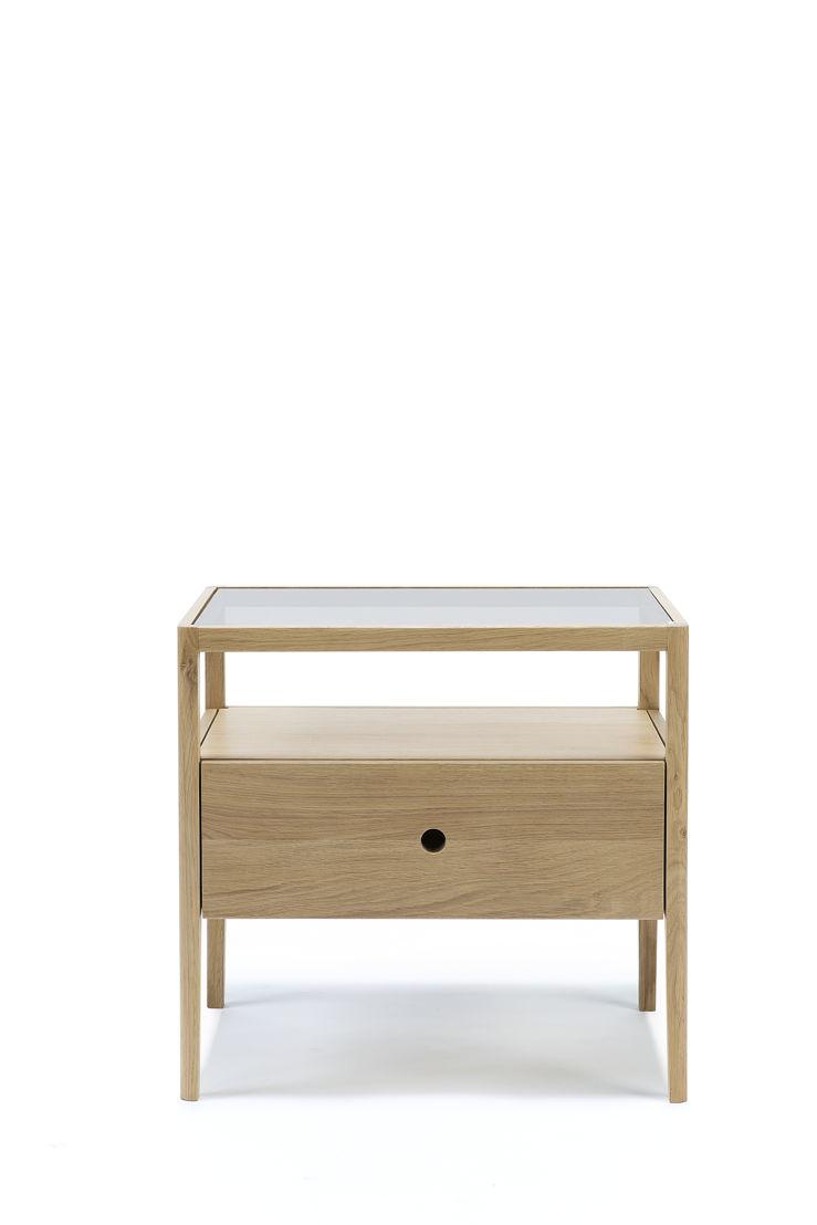 Ethnicraft Oak Spindle bedside table