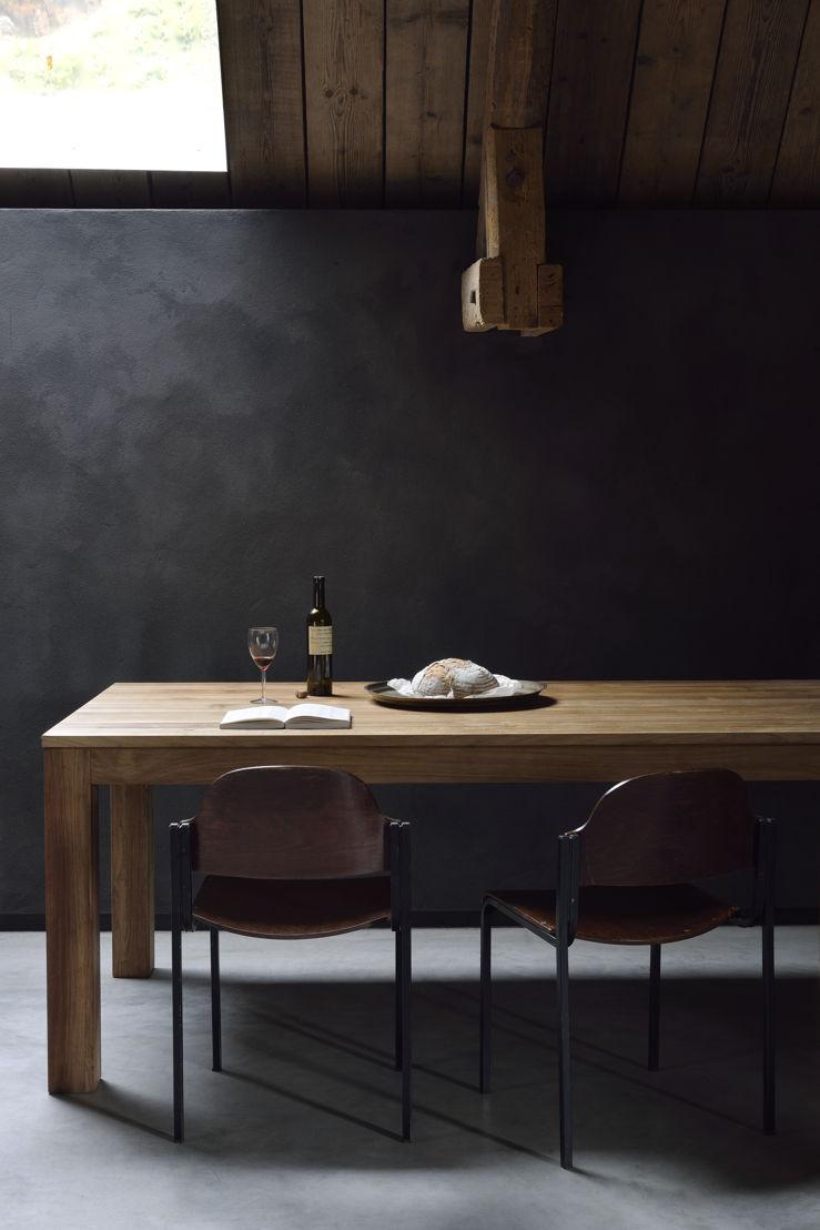 Ethnicraft Teak Kubus extendable dining table