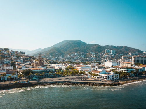 PUERTO VALLARTA RECOGNIZED WITH CONDÉ NAST TRAVELLER'S 2019 READERS' CHOICE AWARD FOR THE TOP 20 CITIES IN THE WORLD