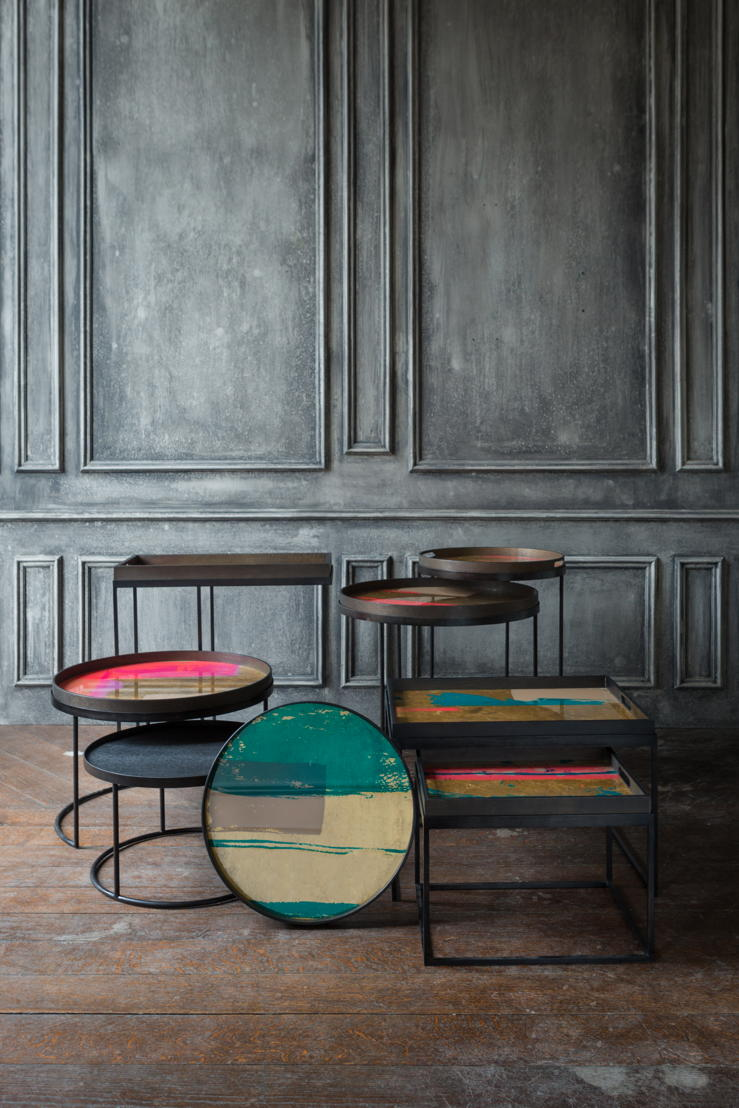 Notre Monde Bright Abstract tray collection & tray tables_1