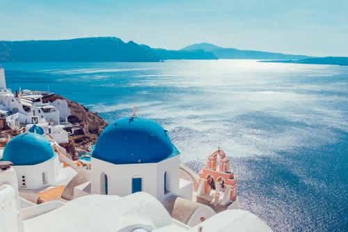 flydubai adds Mykonos and Santorini to its summer schedule