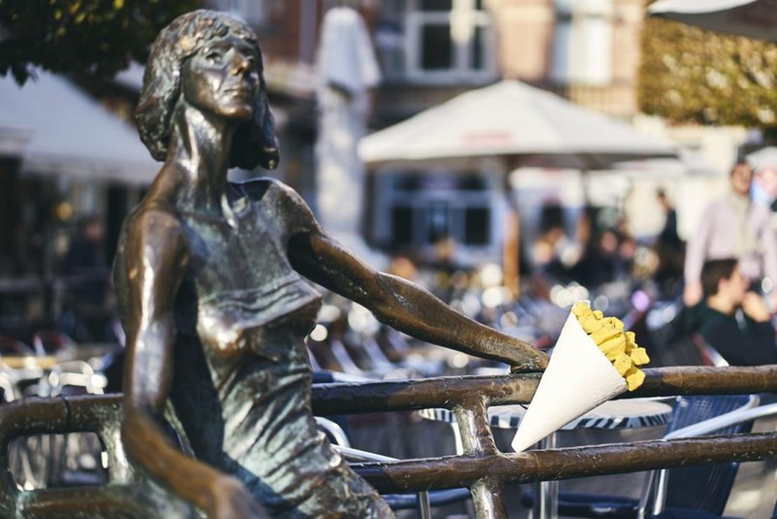 Standbeelden eren frietjes van de frituur tijdens Week van de Friet