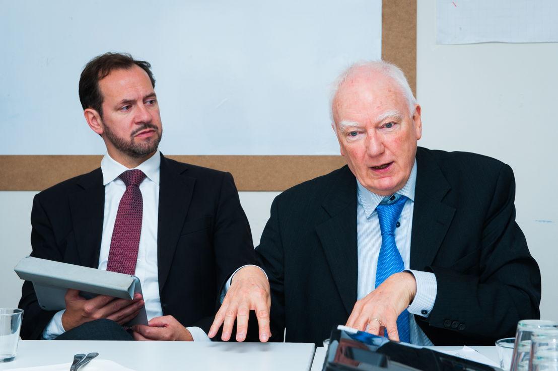 Alex Houtart (Directeur MVO van BNP Paribas Fortis), Philippe Maystadt (voorzitter van microStart)