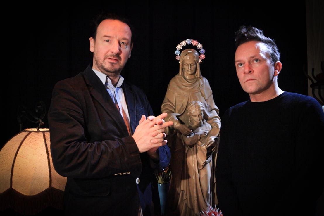 Vitalski (links) en Christophe Vekeman (c) VRT/Geert Van Hoeymissen