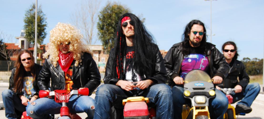NANOWAR OF STEEL : Le groupe de Power Metal parodique vous présente leur Hit de l'été !