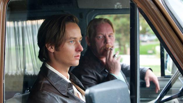 The Same Sky: Lars Weber (Tom Schilling), Ralf Müller (Ben Becker)  - (c) Betafilm