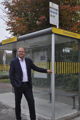 Sint-Pieters-Leeuw voltooit vernieuwing schuilhuisjes De Lijn
