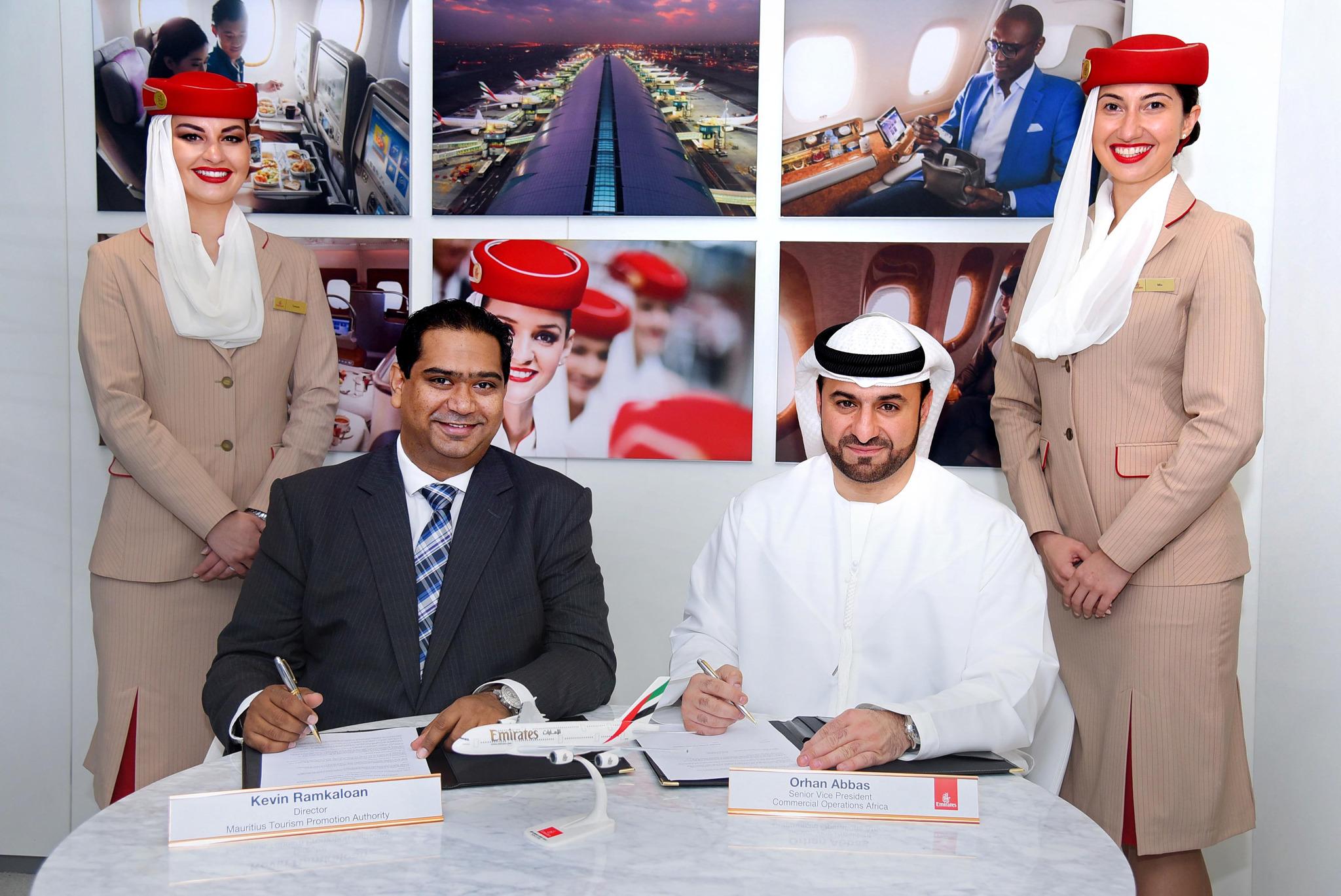 emirates senior vice president - HD2048×1369